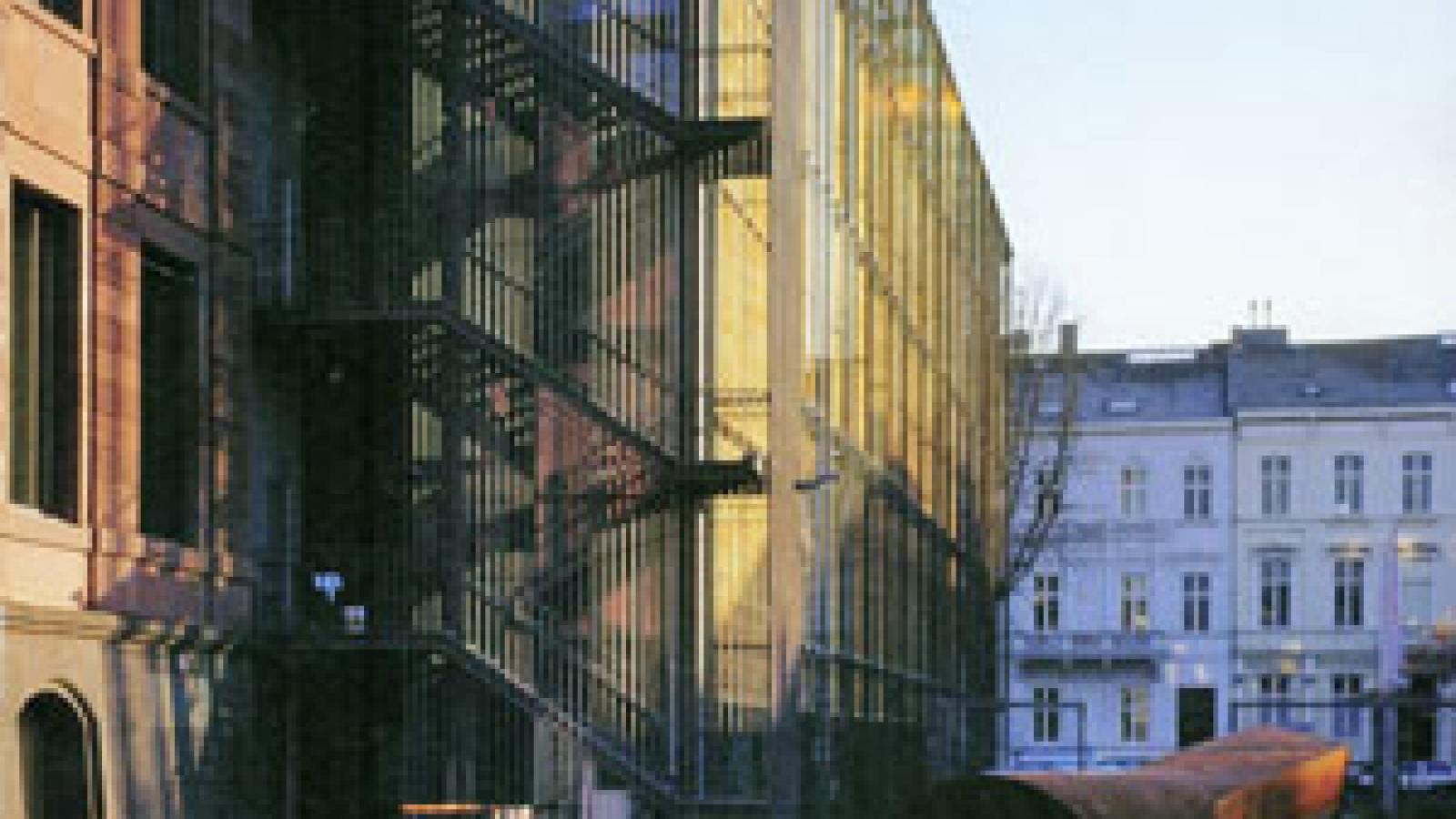 architecture_2004_03